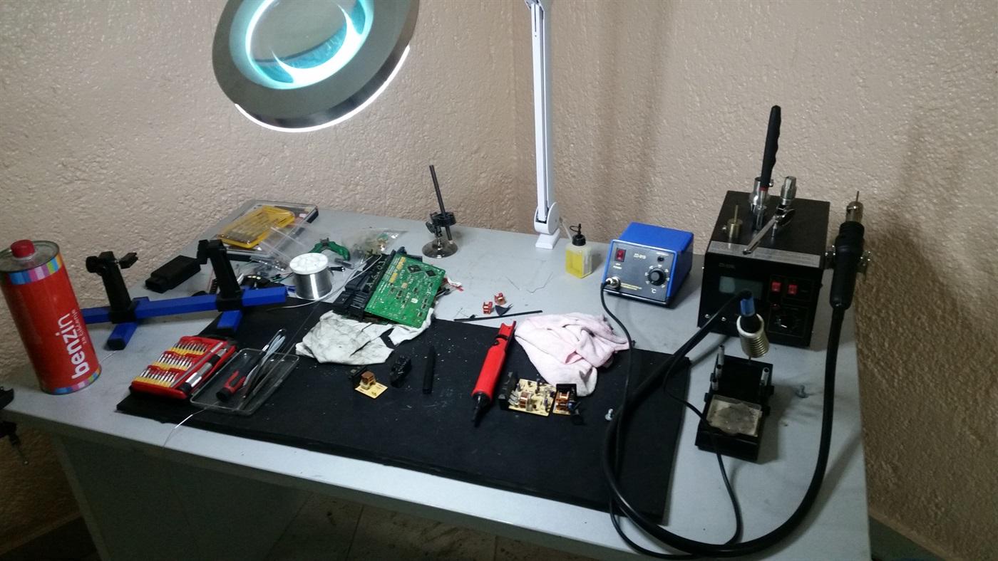 Popravci elektroničkih komponenti
