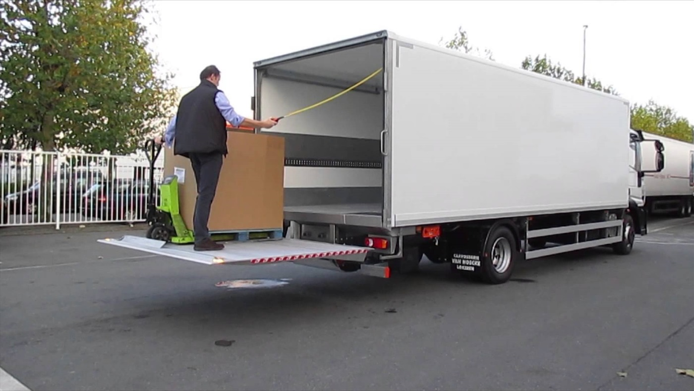 dhollandia  tail  lift